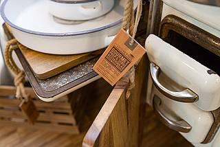 Erleben Sie unsere Küchenwelt mit Regalen, Boxen uvm.