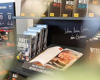 Grillbücher, Grillrezepte und Grillmagazine finden Sie bei uns zum Ideensammeln für die perfekte Fleischzubereitung